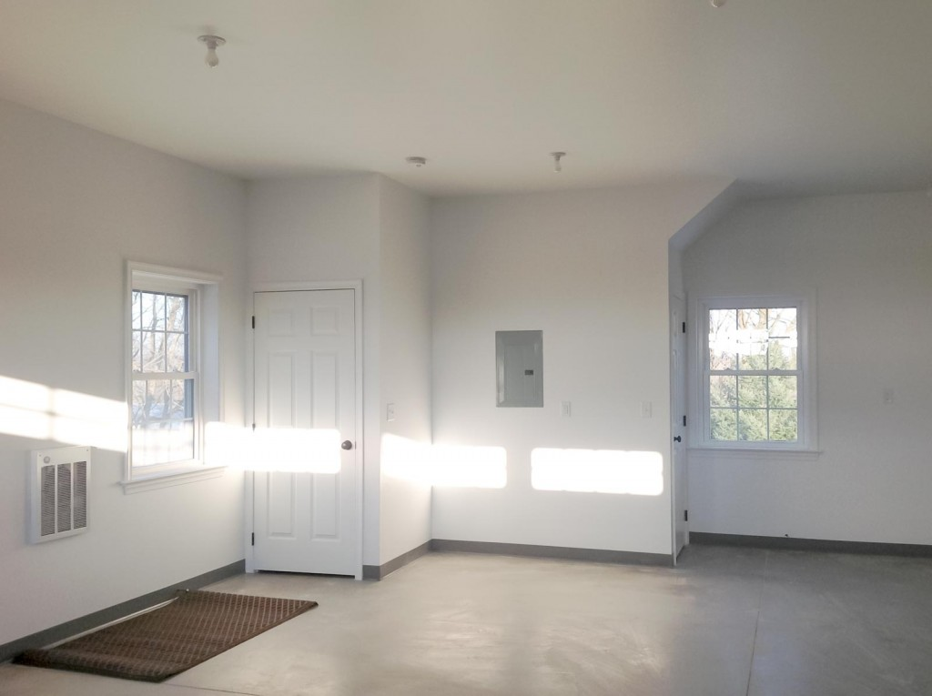 2-story-garage-by-leids-carpentry-3